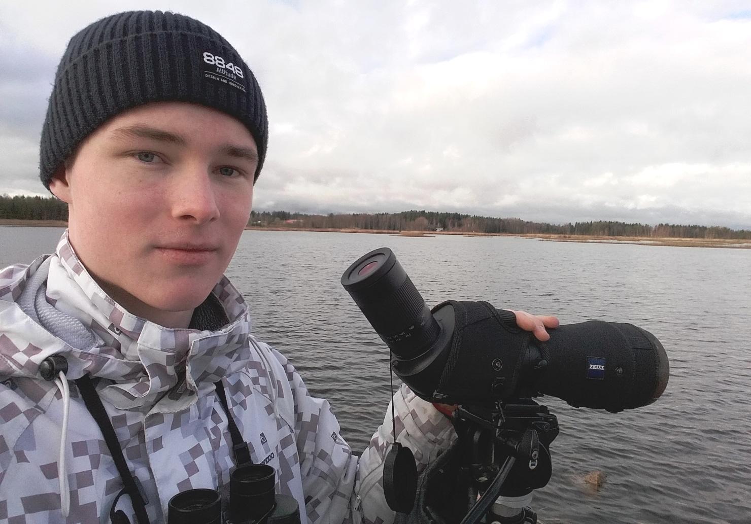 Vuoden 2018 nuori lintuharrastaja Hannes Halminen. Kuva: Hannes Halminen