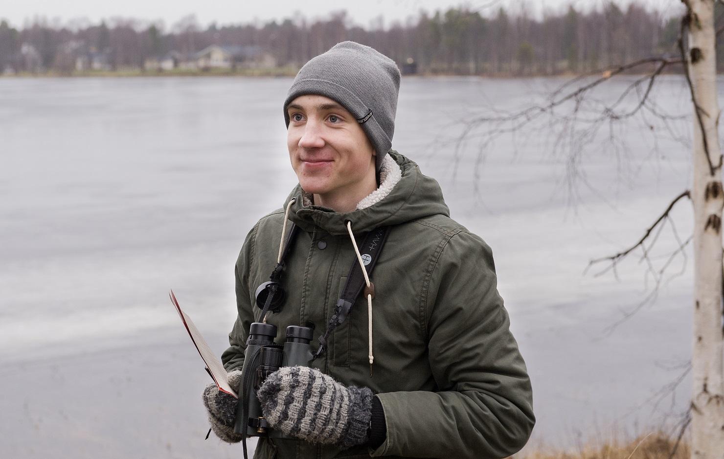 Vuoden 2020 nuori lintuharrastaja Akseli Myllyneva. Kuva: Jyrki Mäkelä